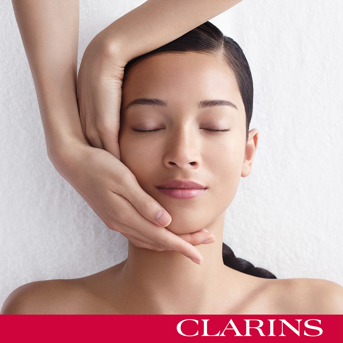 Clarins Gold Salon Facial at Frontlinestyle, Bath and Wells