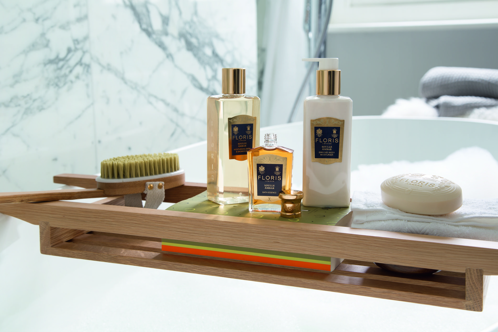 Floris London Womens's Soaps, Bath Essences, Moisturiser at Frontlinestyle